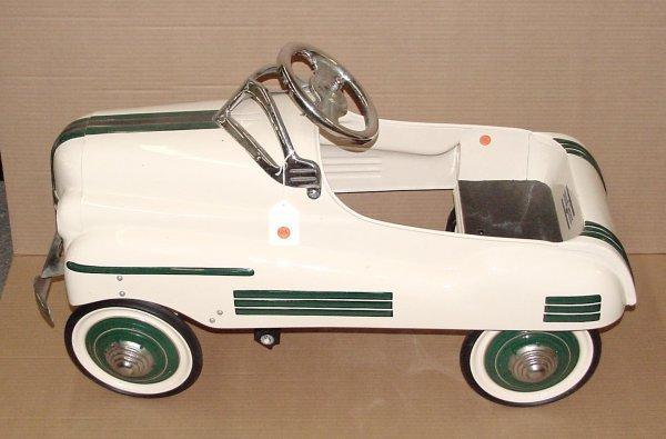 3012: MURRAY PONTIAC PEDAL CAR