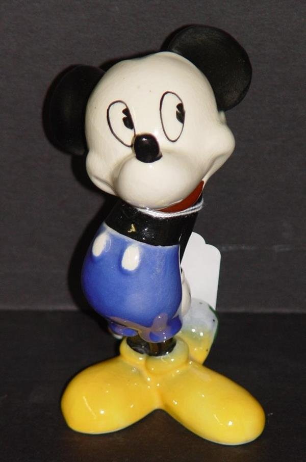 4005: AMERICAN POTTERY MICKEY MOUSE FIGURINE