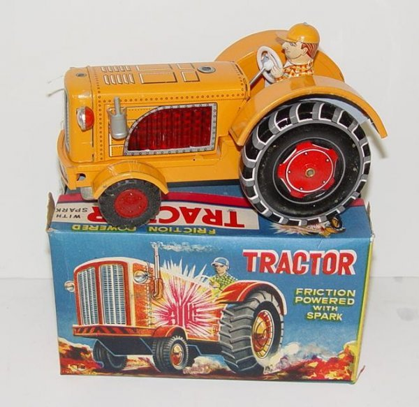 1005: BOXED TIN LITHO FRICTION TRACTOR JAPAN