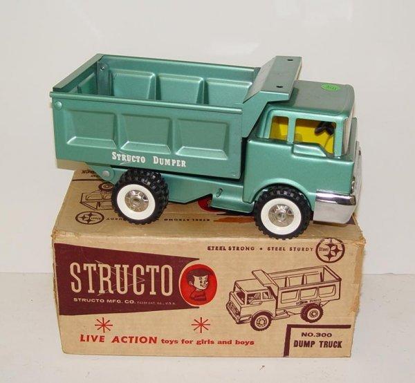 1014: BOXED STRUCTO NO.300 DUMP TRUCK