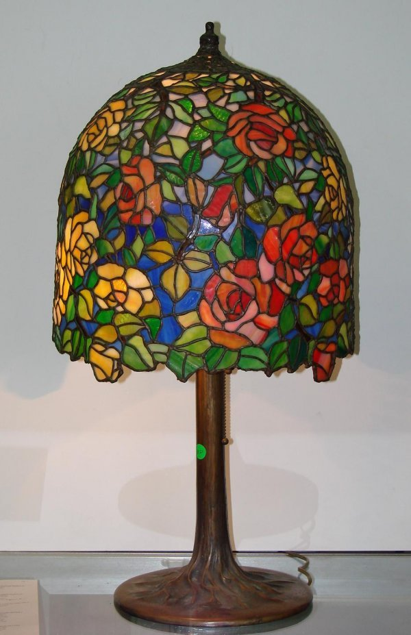 3021: VINTAGE BRONZE AND LEADED GLASS LAMP