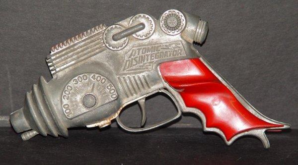 8: HUBLEY ATOMIC DISINTEGRATOR SPACE RAY GUN