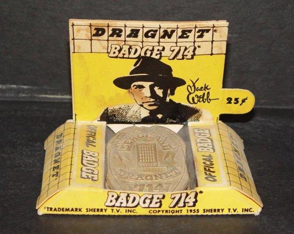 17: 1955 BOXED DRAGNET BADGE 714