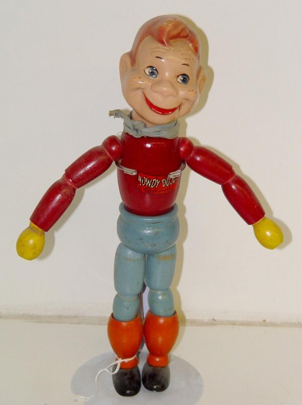 38: 1950's HOWDY DOODY WOOD JOINTED DOLL