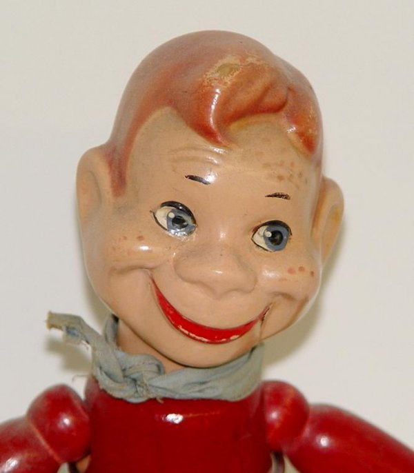 38: 1950's HOWDY DOODY WOOD JOINTED DOLL - 2