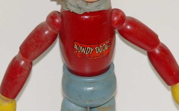 38: 1950's HOWDY DOODY WOOD JOINTED DOLL - 3