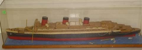 2263 QUEEN MARY SHIP MODEL