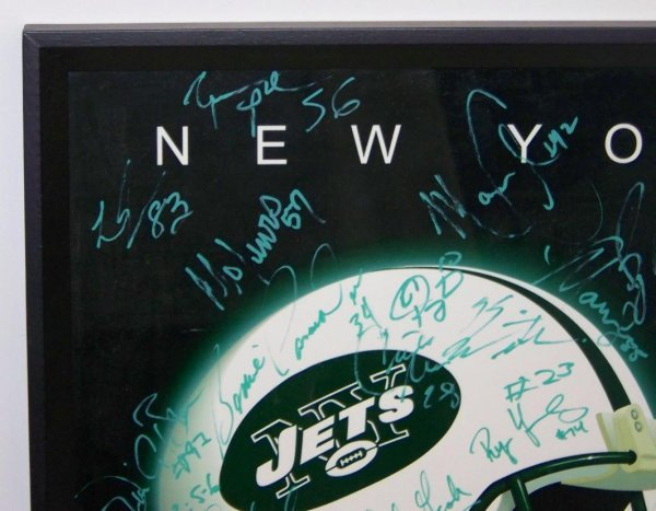 4585: AUTOGRAPHED NY JETS POSTER 30+ SIGNATURES - 2
