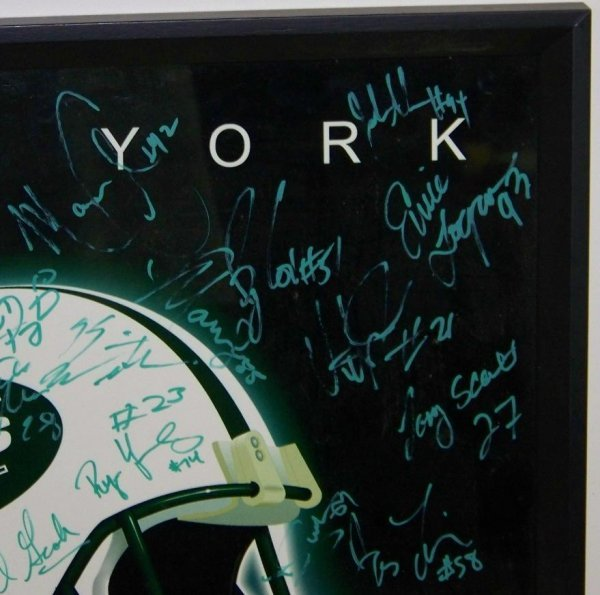 4585: AUTOGRAPHED NY JETS POSTER 30+ SIGNATURES - 3