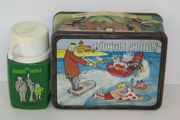 2016: 1974 ADDAMS FAMILY LUNCHBOX & THERMOS
