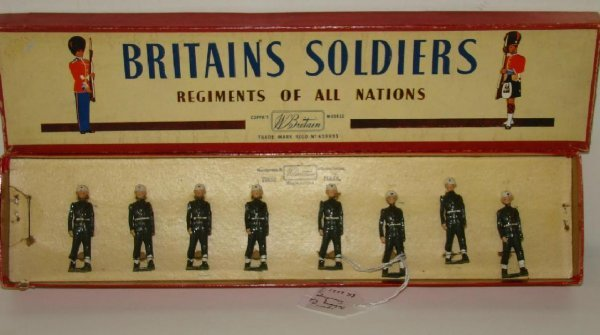 3: BRITAINS #2021 BOXED.