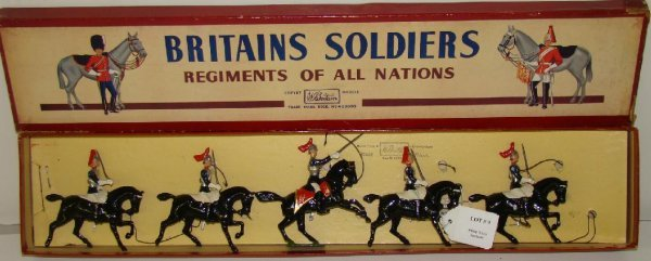 9: BRITAINS #2 BOXED.