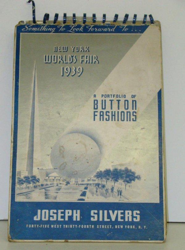 1012: 1939 WORLDS FAIR. BUTTON PORTFOLIO.