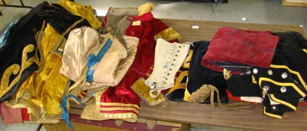 1545: FABULOUS LOT OF VINTAGE CIRCUS COSTUMES
