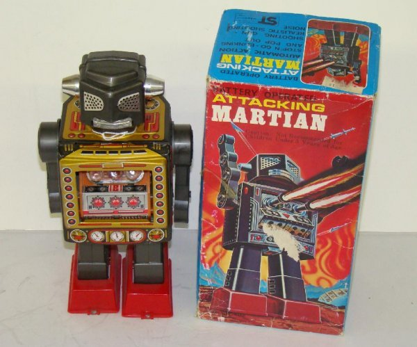1017: ATTACKING MARTIAN. JAPAN. BOXED.