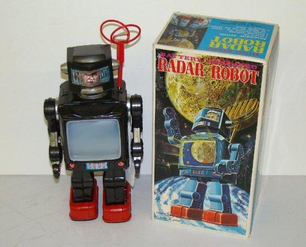 1018: RADAR ROBOT. BOXED. JAPAN.