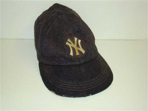 2652  Vintage 1930 s Yankees Felt Baseball Cap ddd85282c4d
