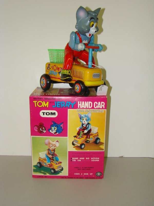 7: BOXED MODERN TOYS TOM & JERRY HANDCAR