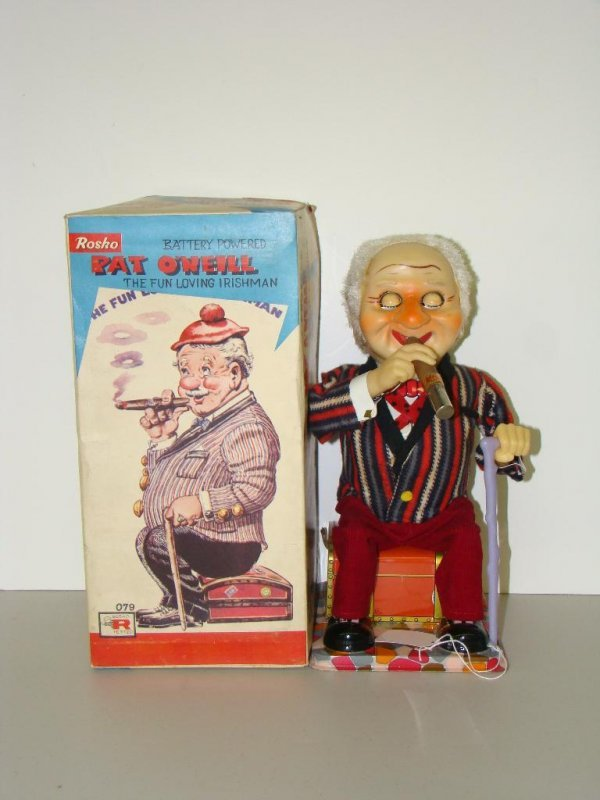 8: BOXED ROSKO BATTERY OPERATED PAT O'NEILL