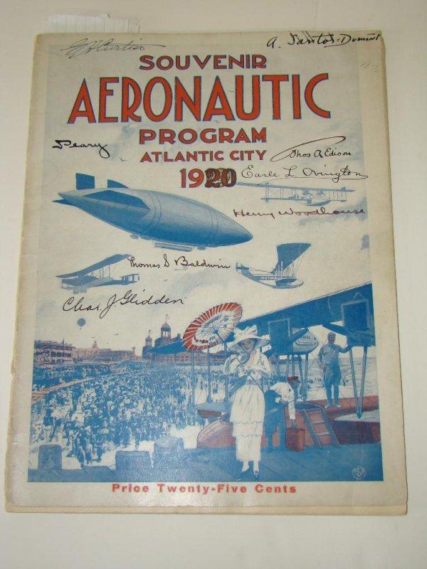 3009: SOUVENIR AERONAUTIC PROGRAM SIGNED.