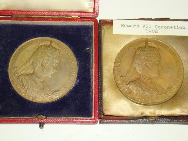4003: PAIR OF 1902 EDWARD VII CORONATION MEDALS