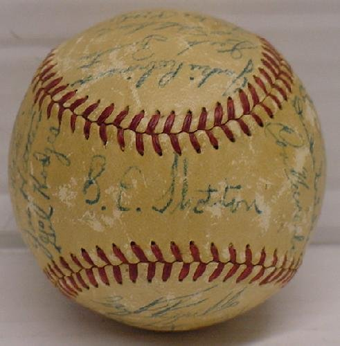 9: CIRCA LATE 40'S SIGNED DODGERS TEAM BALL