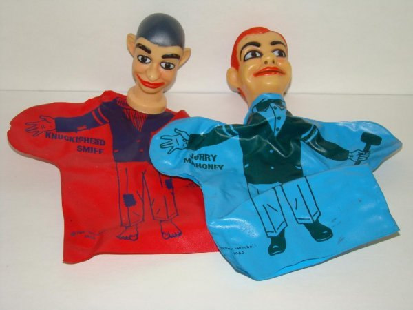 1006: LOT OF TWO VINTAGE 1966 HAND PUPPETS