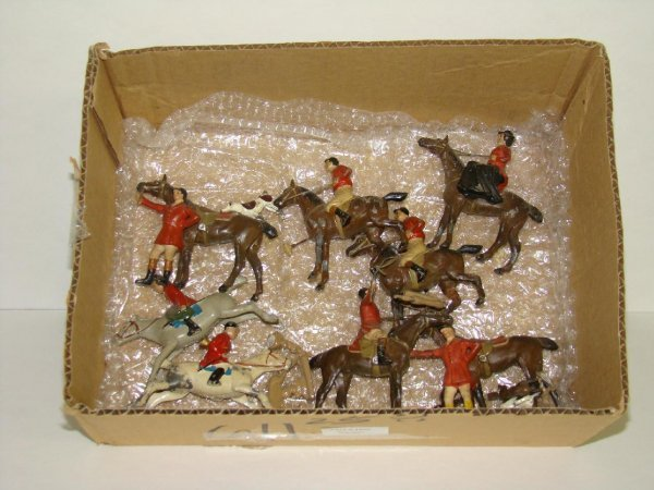 1020: LOT OF ASST. DIE CAST POLO & FOX HUNTING FIGS