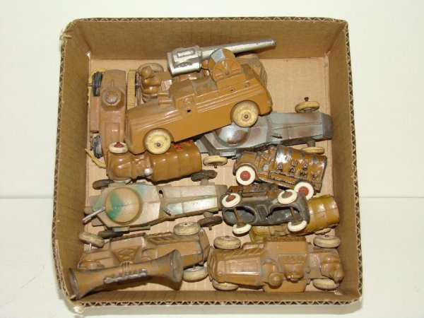 1024: LOT OF MANOIL MILITARY VEHICLES