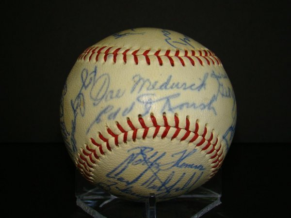 1008: Autographed Old Timers Ball.