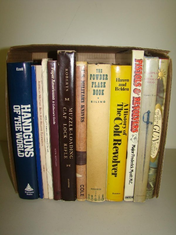 17: Lot of Military Books