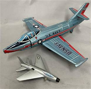 2 Toy Airplanes
