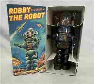 Robby The Robot. Wind Up Boxed.