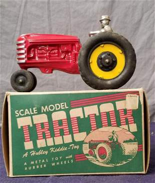 LN Boxed Hubley 475 Tractor