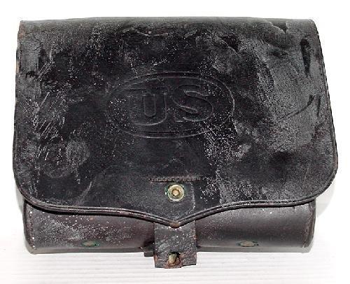 4: HAGNER CARTRIDGE BOX.  US LEATHER.