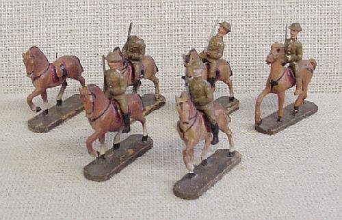 17: 6 Smaller Elastolin Mounted Soldiers