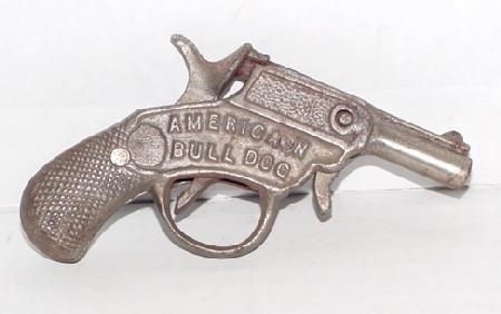 "1009: 1910 Kenton ""American Bulldog"" Cast Iro"