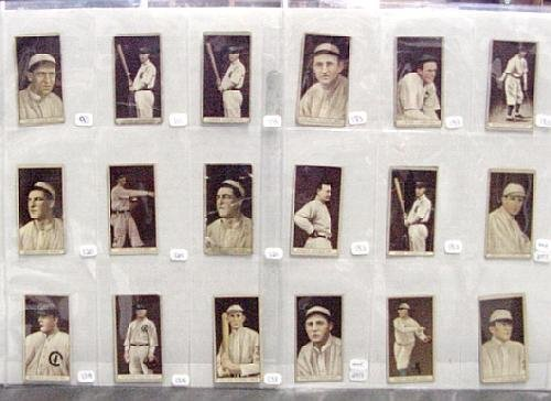 2009: T-207 LOT OF 18 CHICAGO