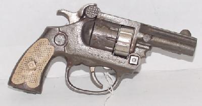 """2023: 1936 Kenton """"Texas"""" Cast Iron Cap Gun"""