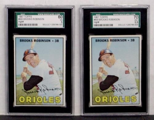 1022: 1967 TOPPS #600 BROOKS ROBINSON. 2 CARD