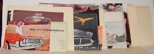 1010: TOM BONSALL ARCHIVE - AUTOMOTIVE LITERATURE