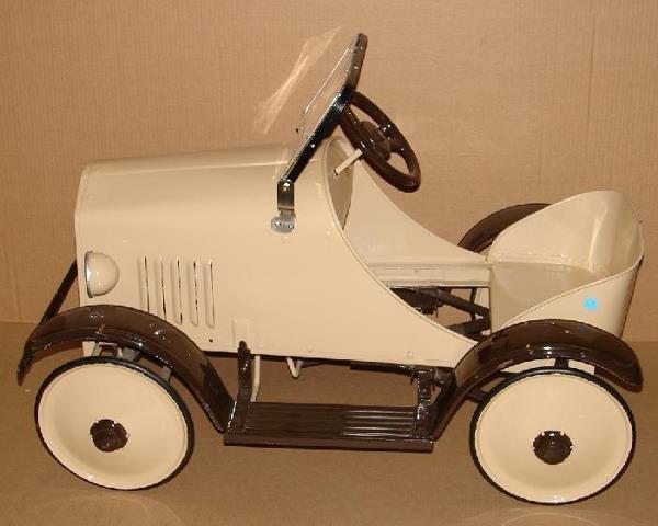 3149: PRESSED STEEL PEDAL CAR.