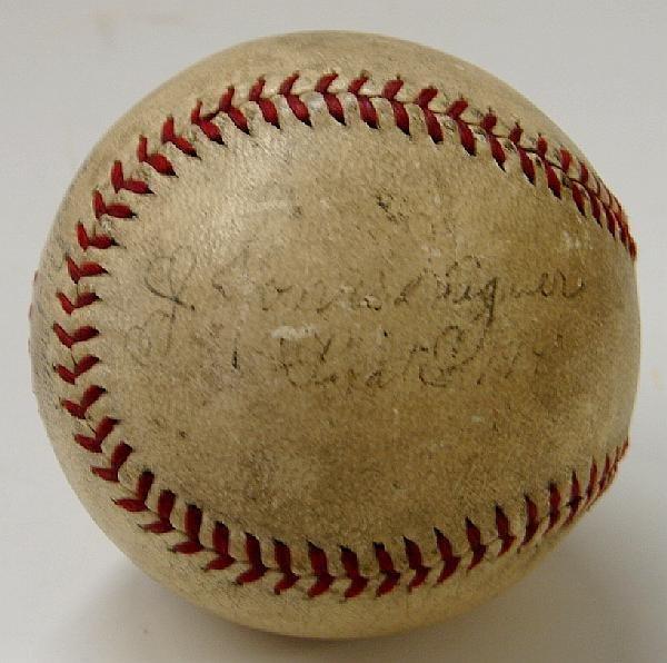 4002: HONUS WAGNER SINGLE SIGNED BALL