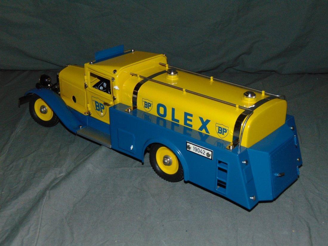 Marklin 19042 Olex Tank Oil Truck in Original Box - 4