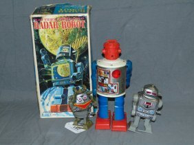 Radar Robot Box Only, With 3 Space Toys