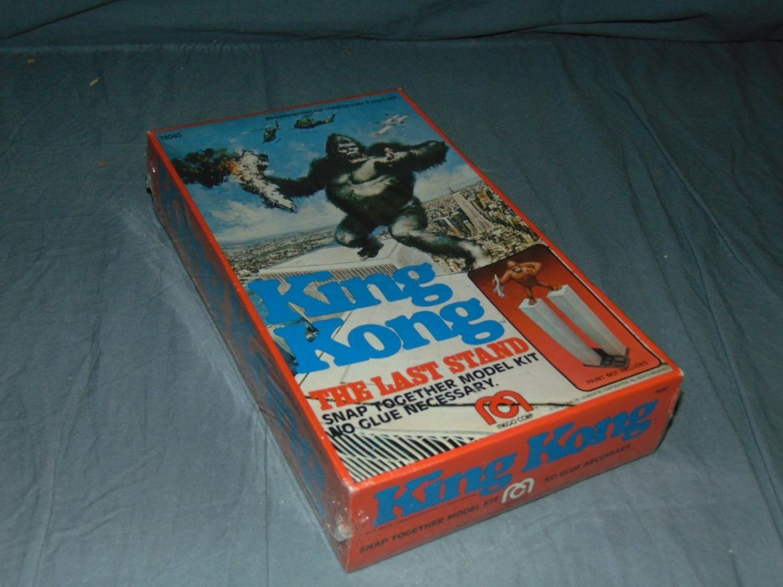 King Kong Mego Model Kit Twin Towers