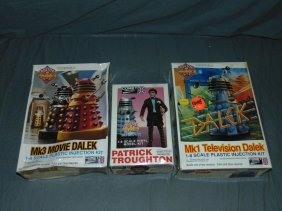 (3) Doctor Who Model Kits