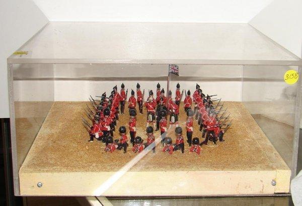 3158: A DI0RAMA DEPICTING A BRITISH SQUARE