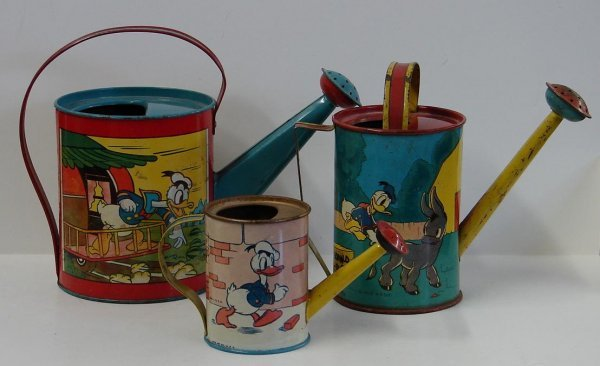 4006: LOT OF THREE DONALD DUCK WATER CANS