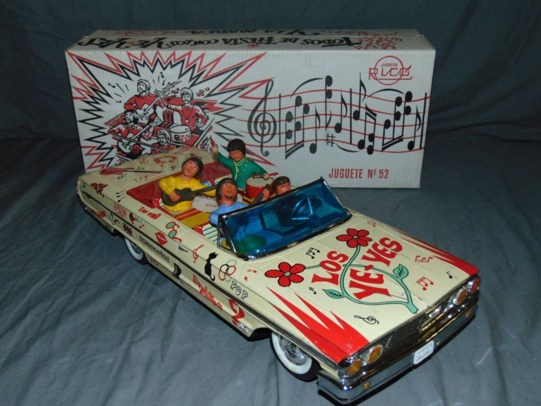 Tin Litho Los Ye-Yes Beatles Battery Op Car in Box